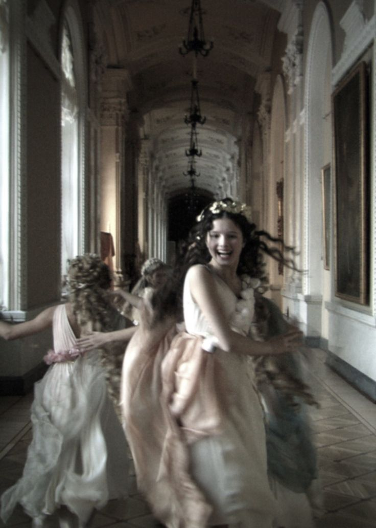 Still from Aleksandr Sokurov's Russian Ark, notable for being filmed in a single, 96 minute-long take. No breaks.