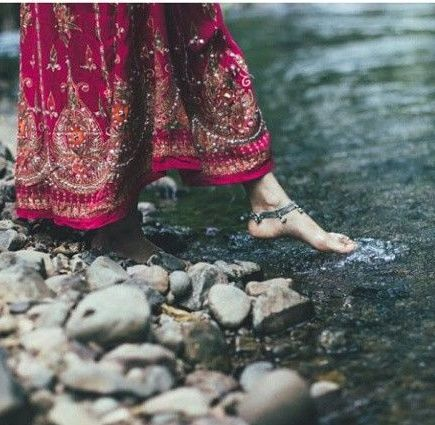 Anklet worn by indian girls,. love the skirt this is such a beautiful photo captured by malavika mohan,