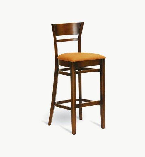 Barstol med stoppad sits, många tyger samt träbets att välja på. Ingår i en serie med vanlig stol och karmstol. Barstolen är tillverkad i trä med bets samt med ett sittskal som är stoppat/klätt. Stolen väger 7 kg, vilket är en normal vikt för en barstol. Tyg Lido 100 % polyester, brandklassad. Tyg Luxury, 100 % polyester, brandklassad. Konstläder Pisa, brandklassad, 88,5% PVC, 11,5% polyester. #azdesign #barstol #brun #orange  #inredning #pagedmeble