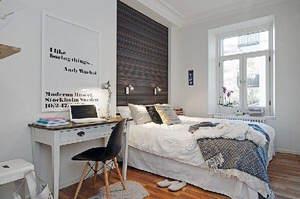 Blok Pełen Wnętrz: Dwa białe, skandynawskie mieszkania.