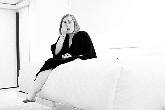 Pin for Later: 10 Photos That Prove Adele Is a Complete Stunner Without Makeup On
