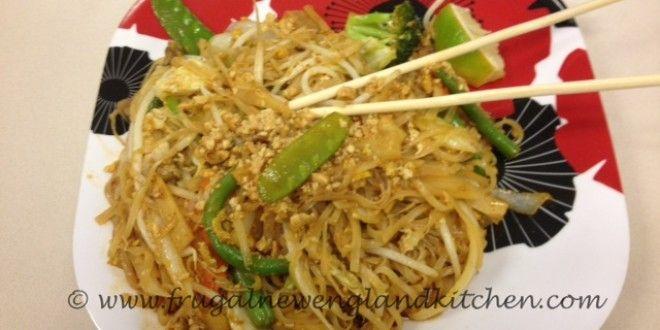 Easy Chicken Pad Thai Recipe | Pad Thai Sauce | Asian Food