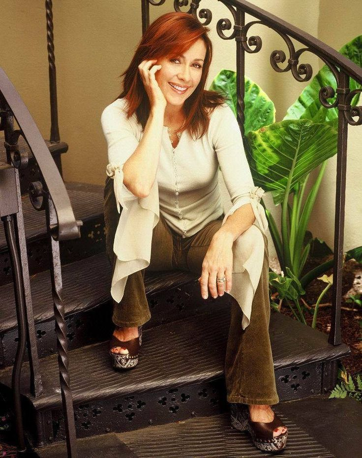 Patricia Heaton Hot Tub | Actress Patricia Heaton Family Images & Pictures - Findpik