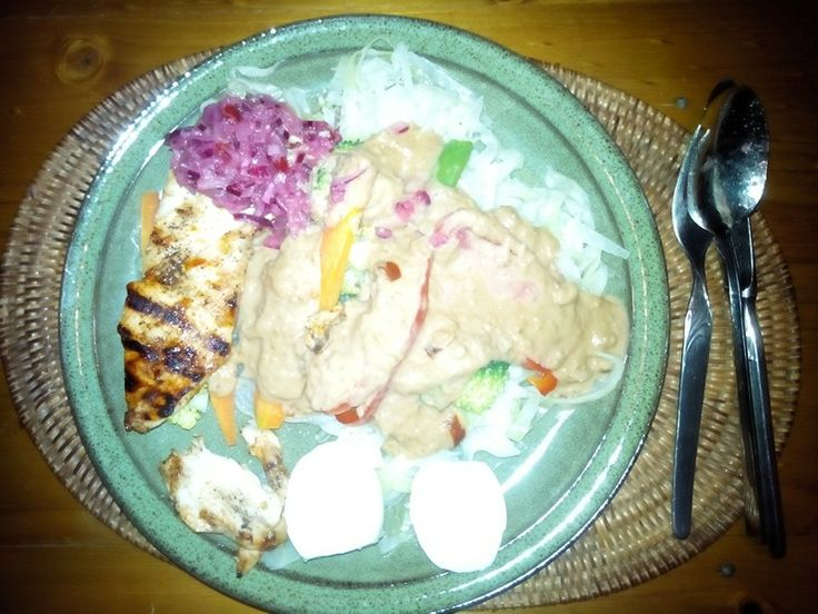 Gado Gado dengan ayam pangang