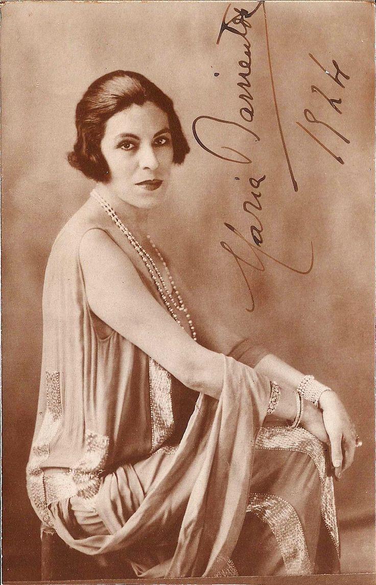 Maria Barrientos (1883 - 1946) Spanish Coloratura Soprano