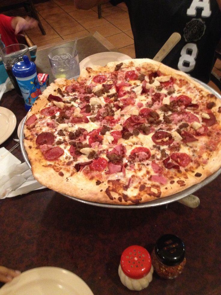 Faccio Pizza, meat lover.