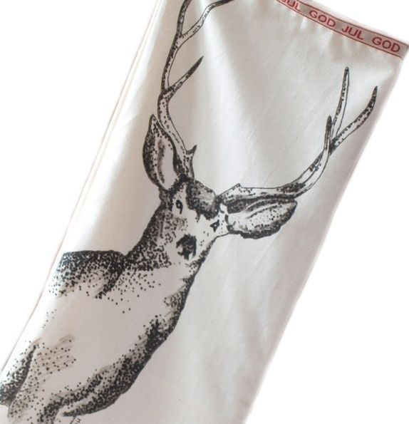 hand-drawn on fabric christmas  stocking Oversize Julestrømpe ( 64 x 36 cm ) - håndtegnet dådyr på stoff