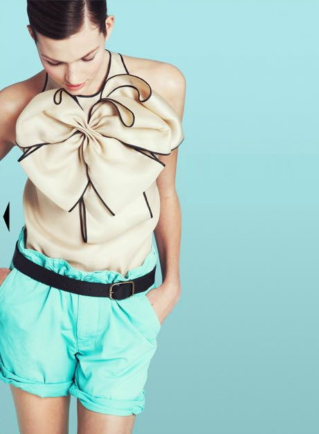 jcrew ... the blouse is EVERYTHINGBlue Shorts, Style, Bows Blouses, J Crew, Bow Tops, Jcrew, Prabali Gurung, Bows Tops, Big Bows
