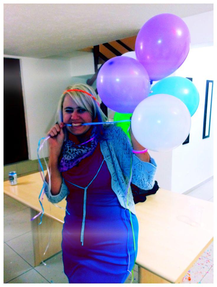 veebee and her balloons