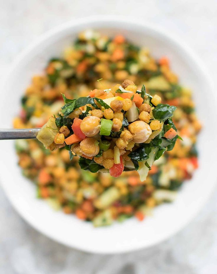 As we transition to fall, delicious autumn vegetables join late summer vegetables in this satisfying Fall Israeli Couscous Salad. Kale, fennel, carrots, and sauteed sweet potatoes add fall flavors (and colors) to this healthy salad. Recipe at SoupAddict.com #vegan #vegetarian #salad