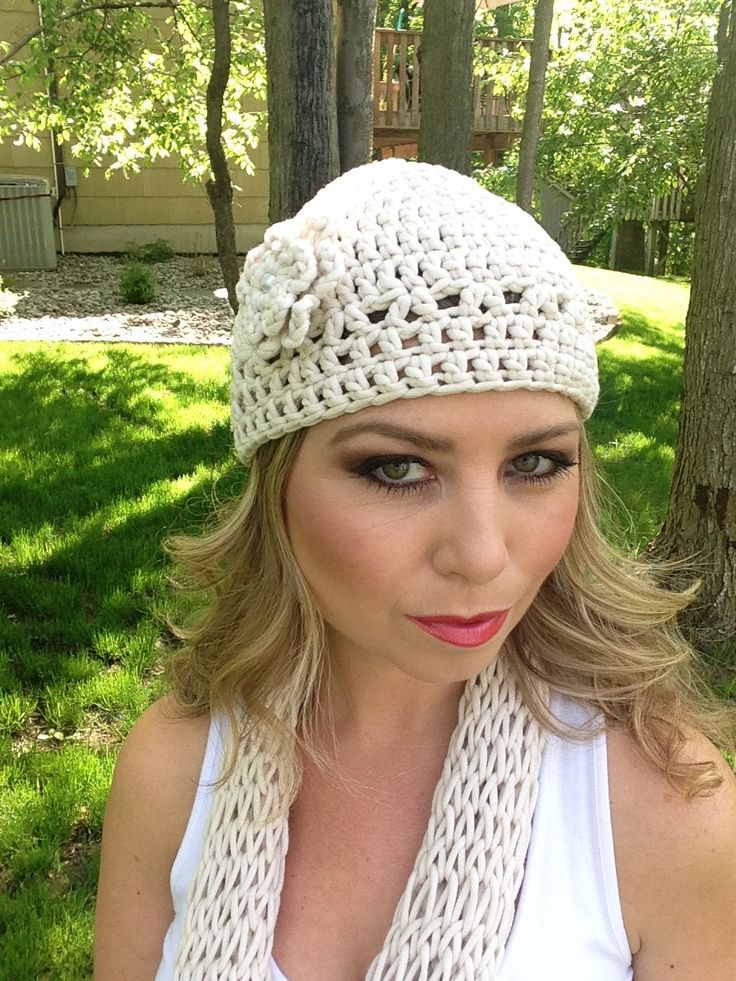 Crocheted cream colored beanie hat with a flower by Antseas on Etsy