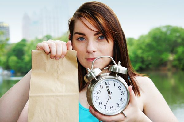 Brown bag lunch ideas that won't ruin your dieting or healthy eating efforts: http://www.sheknows.com/food-and-recipes/articles/805607/hottest-lunch-trend-brown-bag-lunches-that-are-affordable-and-dietfriendly