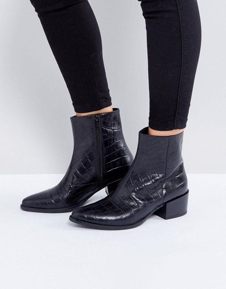 Vagabond Marja Black Leather Croc Effect Ankle Boots - Black