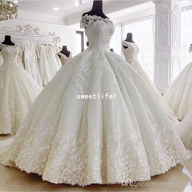 Pin De Tímea Darázs En Gorgeous Bridal Vestidos De Novia Princesa Vestido De Boda Princesa Vestidos De Novia Estilo Princesa