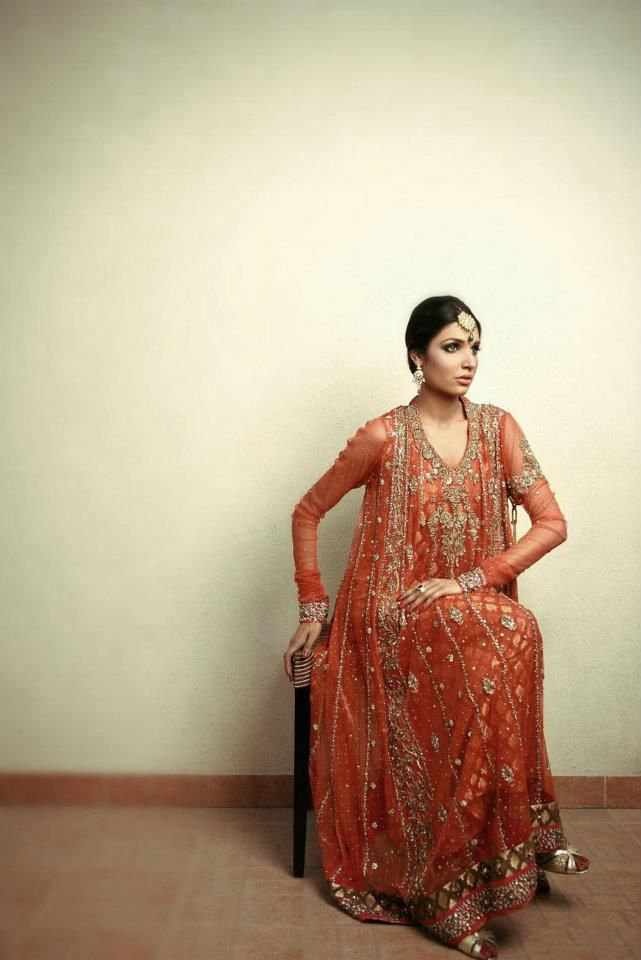 perfect for a mehendi or manje Outfit by Nadia Farooqui // Mayoun