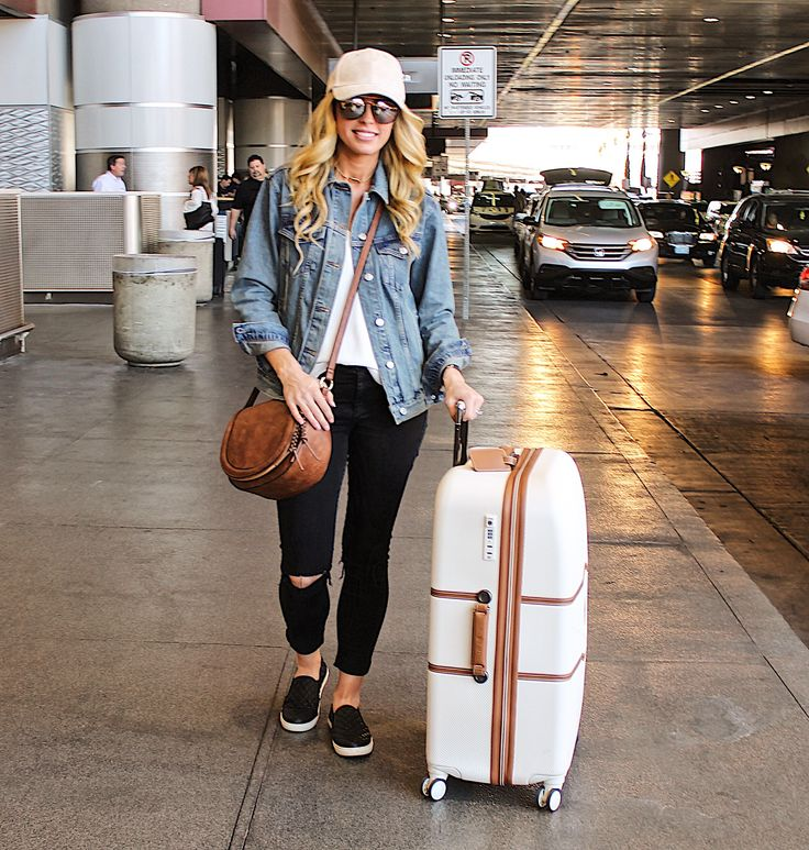 Airport Outfit, Denim Jacket Outfit, Luggage, Airport Style