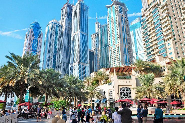 #Finnmatkat Dubai: Yksi kollegoidemme suosikeista vuosi toisensa perään! Dubaissa nähtävää mm. maailman korkein pilvenpiirtäjä Burj Khalifa, Shoppailijoiden paratiisit Dubai Mall ja Mall of the Emirates sekä Dubai Fountains vesishow. #Dubai http://www.finnmatkat.fi/Lomakohde/Arabiemiraatit/Dubai/?season=talvi-13-14