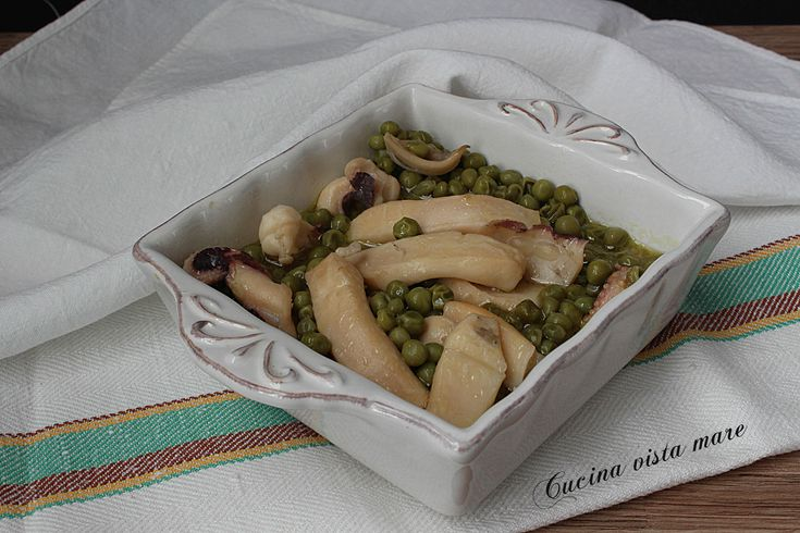 Seppie+con+piselli+nella+slow+cooker