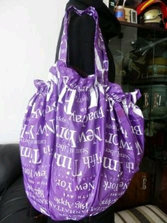 cloth shopping bags from broken umbrellas