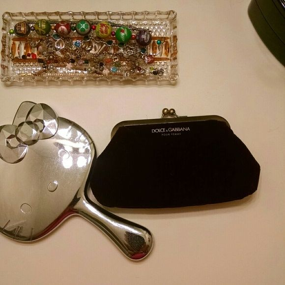 SALE PRICE Dolce and Gabbana Coin Purse Super cute, never used Dolce and Gabbana (pour femme) coin purse. Dolce & Gabbana Bags