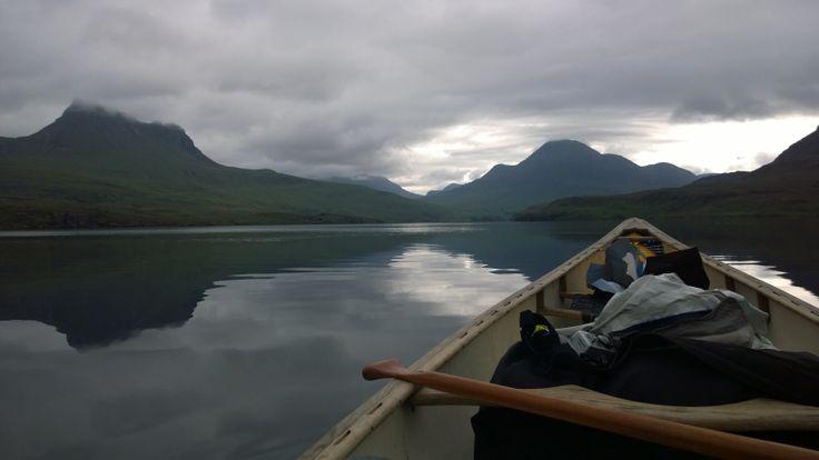 Heading back to Stac Pollaidh across Loch Lurgainn