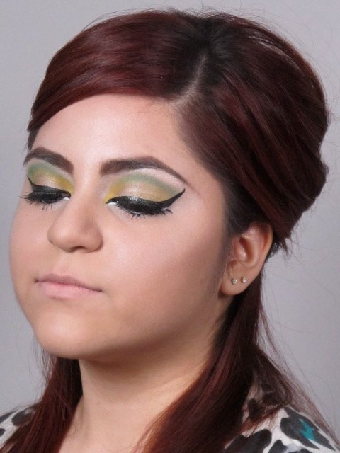 1000+ images about 60s Makeup Trends on Pinterest ...