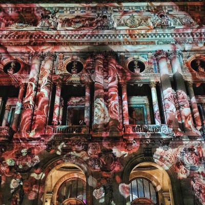 shinebythree: Just about burst into tears roses projected onto Palais Garnier for tonight's Flower Obsession Ball to celebrate @maccosmetics x @giambattistapr in Paris (at Opéra Garnier):