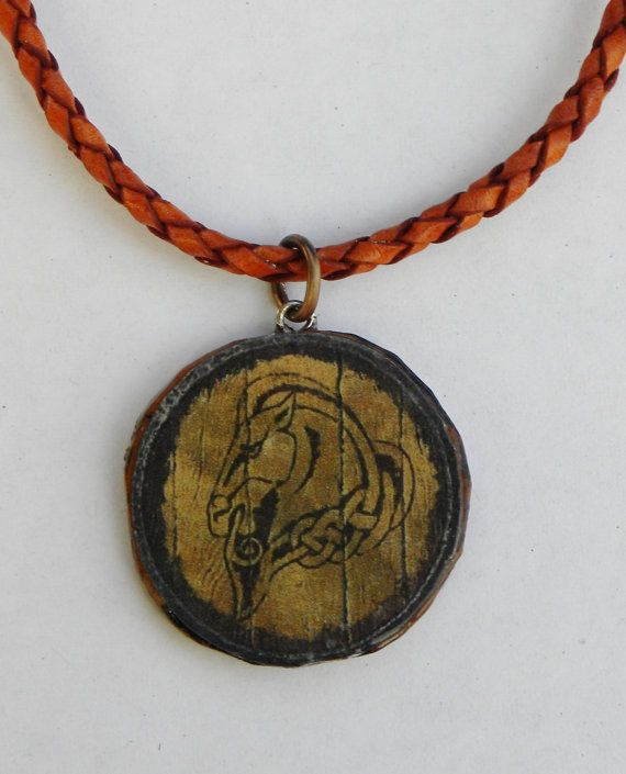 Skyrim Guard Shield Necklace by LouAnnes on Etsy, $15.00 These are fantastic! i wish they would ship to Australia though :(