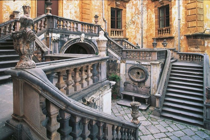 AKG-imágenes -Staircase of a building, Villa Palagonia, Bagheria, Sicily Region, Italy