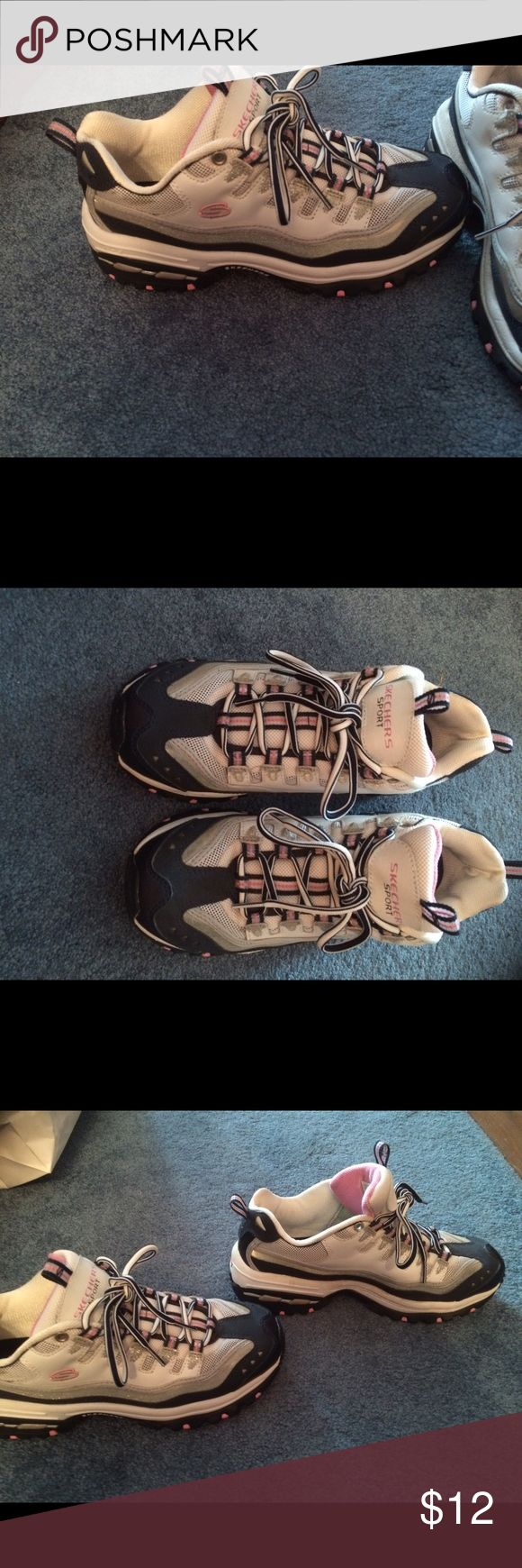 Sketcher sneakers sport size 9 navy n pink Like new Skechers Shoes Athletic Shoes