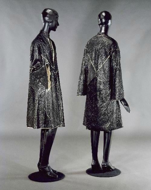 manteau d 39 apr s midi 1928 collection mus e galliera toile de soie sauvage cr me pose l. Black Bedroom Furniture Sets. Home Design Ideas