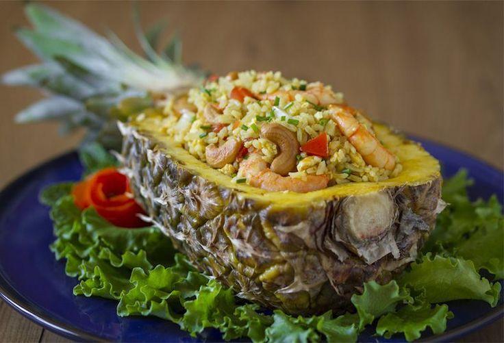 Arroz frito con piña, arroz frito, cocina tailandesa, arroz con curry