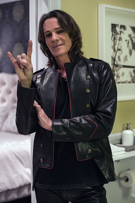 BuddyTV Slideshow | 'Supernatural' Episode 12.2 Photos: Meet the New Rock 'n' Roll Lucifer