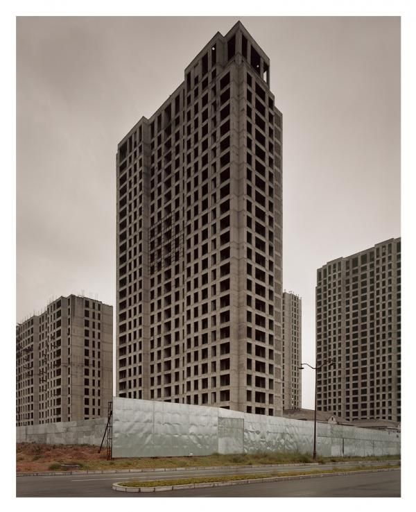 "Photographs Of The ""Surreal, Uncanny"" Emptiness Of China's Ghost Cities 