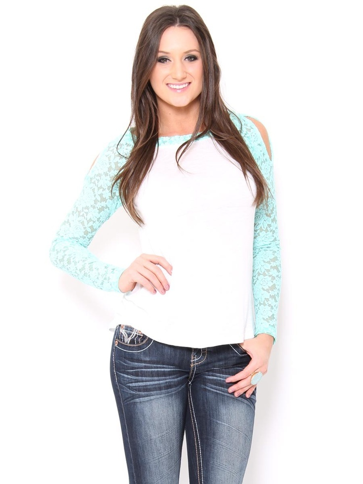 Cold Shoulder #Lace Baseball Tee.. Soo cute.. Goes with me loves sports but still girlie❤