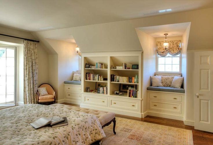 Great idea for upstairs storage and bedroom.  Extra lighting near the windows,.. bookshelves, and drawers   Love what they did with this space.  Could use this idea for a wall in a bedroom, too.