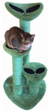 "Roswell Cat Scratch Furniture  At 3' tall, this alien-themed cat scratch furniture has inlaid ""alien"" steps and a curved bed at its top. The optional dyed sisal rope for scratch posts shown on picture are not included in the list price.  - Dimensions 36""Hx21""Wx26""D  - Weight 28lbs  - Material Plywood, Solid Pine (Posts), 100% Nylon Carpet"