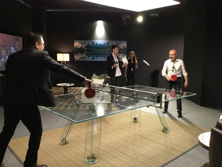 Having fun on a piece of design engineered and produced in Italy. A delight for the eyes and and so much fun... that's LUNGOLINEA crystal pingpong table!  #pingpong #crystal #table #tennistable #games #manCave #design #luxe #luxury #interiors