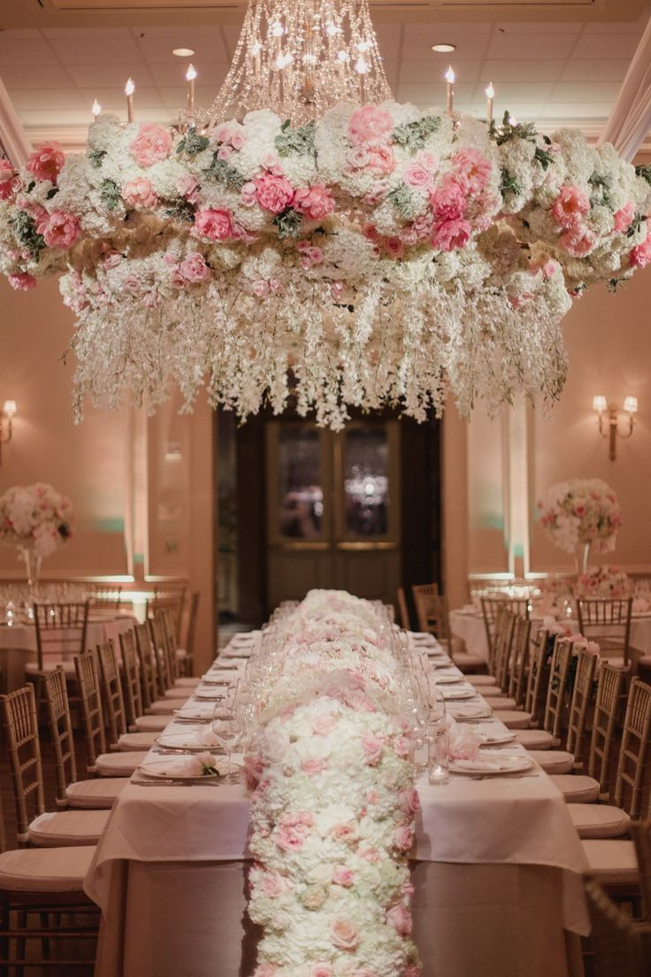 This Dallas Wedding Took Floral Chandeliers to a Whole New Level