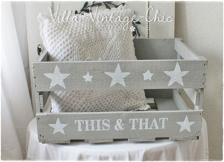 ~  shabby Holzkiste ~ Stars grau von Villa-Vintage-Chic auf DaWanda.com