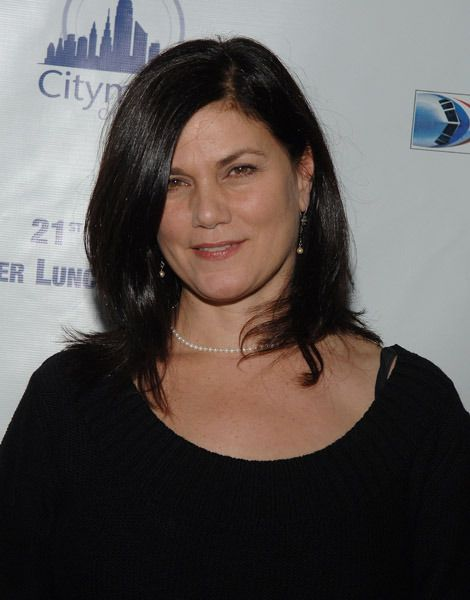 Linda Fiorentino was a rising star and a major sex symbol in the mid-nineties.  She scored critical acclaim with her role as a femme fatale in the neo noir film, The Last Seduction.  And then she achieved mainstream success in the sci-fi comedy blockbuster, Men in Black.  A few short years later amid rumors of difficult behavior, Fiorentino's career had cooled to the point where she essentially retired.