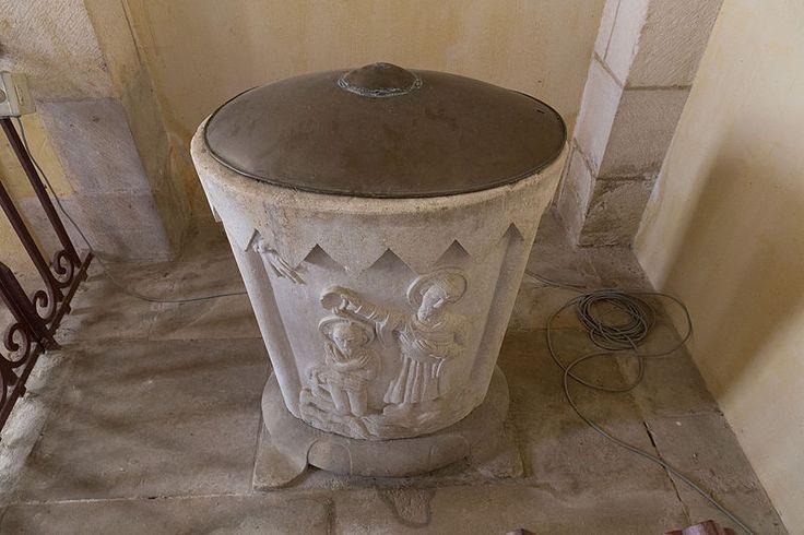 """""""Germigny-des-Prés - Église de la Très-Sainte-Trinité 12"""" autorstwa Pymouss - Praca własna. Licencja CC BY-SA 4.0 na podstawie Wikimedia Commons"""