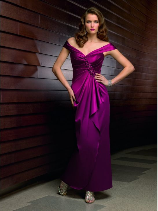 A-Line Chiffon Sweetheart Mother of the Bride Dress Matching Stole ML70412