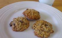 Easy Oatmeal Raisin Cookies Recipe