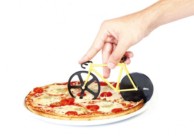 Fixie Pizza Cutter, An Über Hip Fixed-Gear Bicycle Pizza Cutter