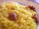 """Risotto alla Monzese:Uno dei piatti piu saporiti della cucina lombarda, tipico della Brianza, la zona che da Milano porta a Lecco, dove la """"luganega"""" la salsiccia brianzola, diventa protagonista"""