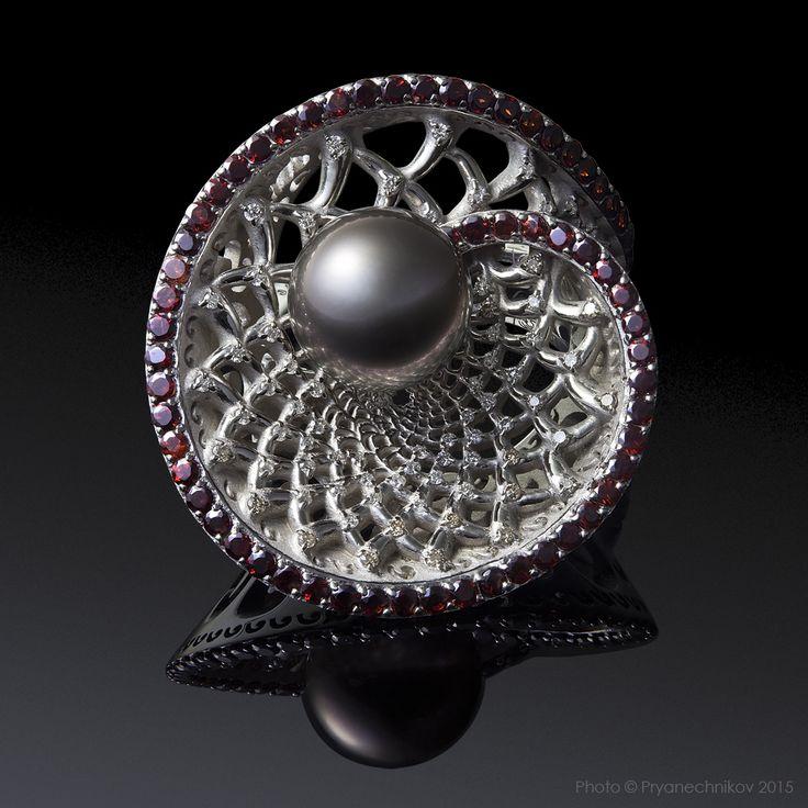 Jewellery Photography. Фото Ювелирных изделий с бриллиантами, драгоценными камнями и жемчугом. Ювелирный постер. Diamond Jewelry.
