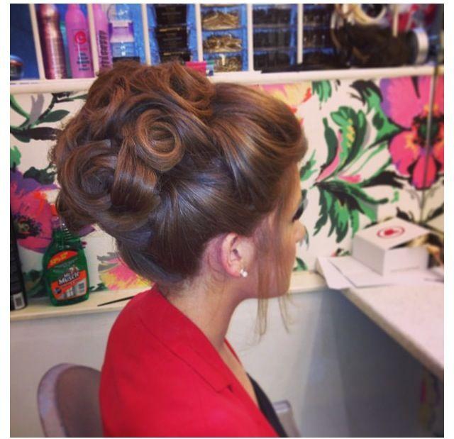 Wondrous 1000 Ideas About Big Updo On Pinterest Bridesmaid Hair Plaits Short Hairstyles For Black Women Fulllsitofus