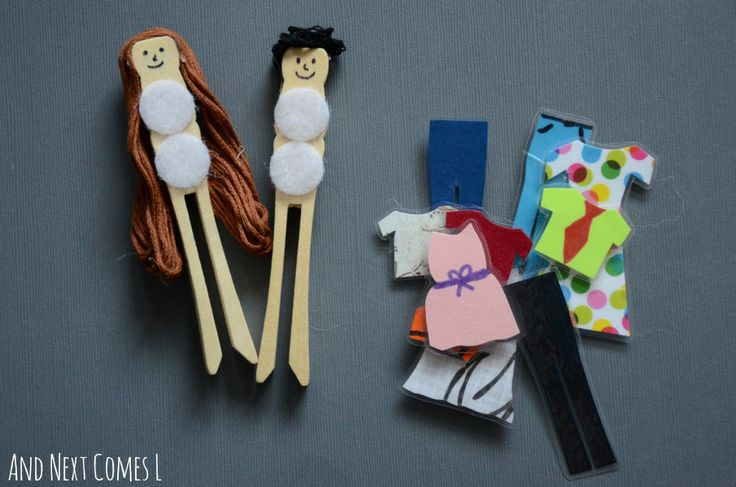 DIY dress up peg dolls from And Next Comes L.  Such a cute homemade toy for kids!- could be a fun travel idea (car or plane)