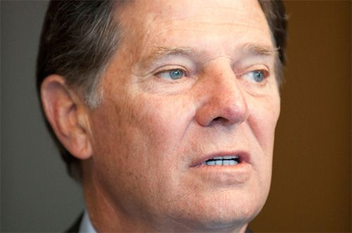 Allegations of Divine Kickbacks as Tom DeLay Takes up God's Cause Ever notice how God only talks to Republicans? Oh, and people with schizophrenia.......